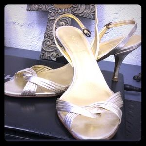 J. Crew Gold Heels EUC Size 9